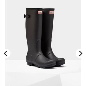 Hunter tall boots with adjustable back